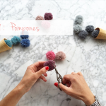 DYI : como hacer fácilmente pompones / DYI : how to made easily pompoms