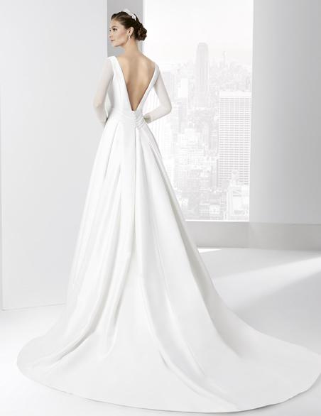 los tejidos más comunes para vestidos de novia / the most common
