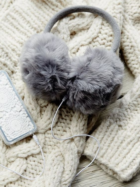 headphones-earmuffs